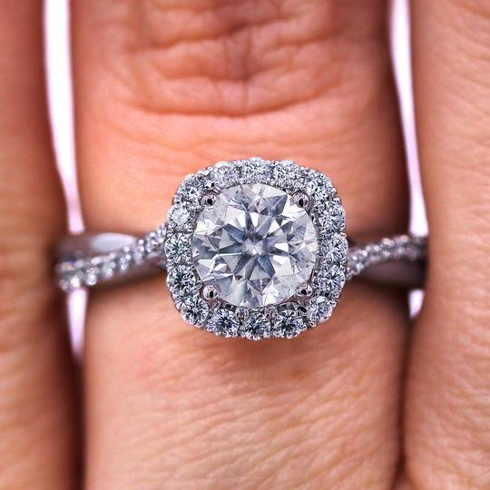 Preload https://img-static.tradesy.com/item/23024289/stunning-twisted-halo-diamond-engagement-ring-0-0-540-540.jpg