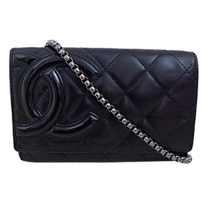 304be768858ad3 Chanel Clutches - Up to 90% off at Tradesy