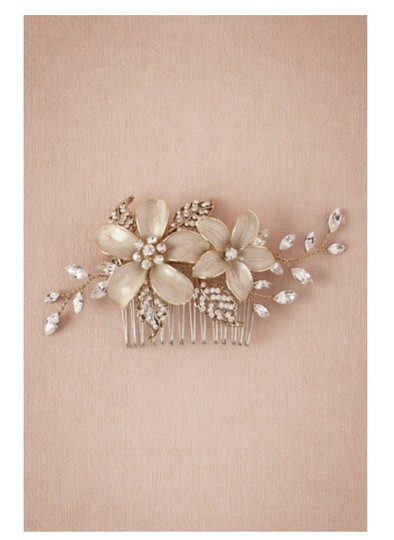 BHLDN Gold Sweet Pea Comb Hair Accessory Image 1