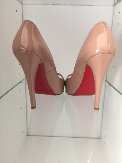 Christian Louboutin Very Prive tan Pumps