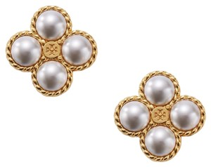 Tory Burch New! Tory Burch Pearl earring