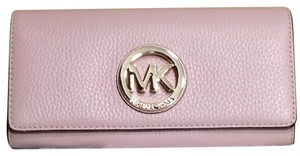 Michael Kors Michael Kors Fulton Jet Set Travel Carryall Wallet