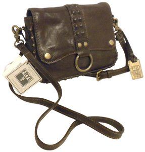 Frye Db746 Roxanne Clutch Studded Crossbody Studded Dark Brown Messenger Bag