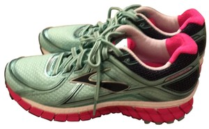 Brooks blue and pink Athletic