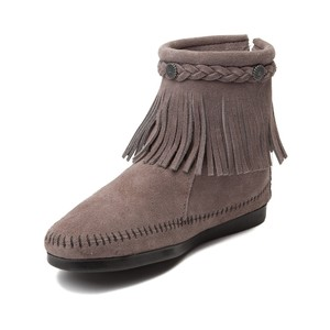 Minnetonka Suede Studded Fringed Boho Chic Grey Boots