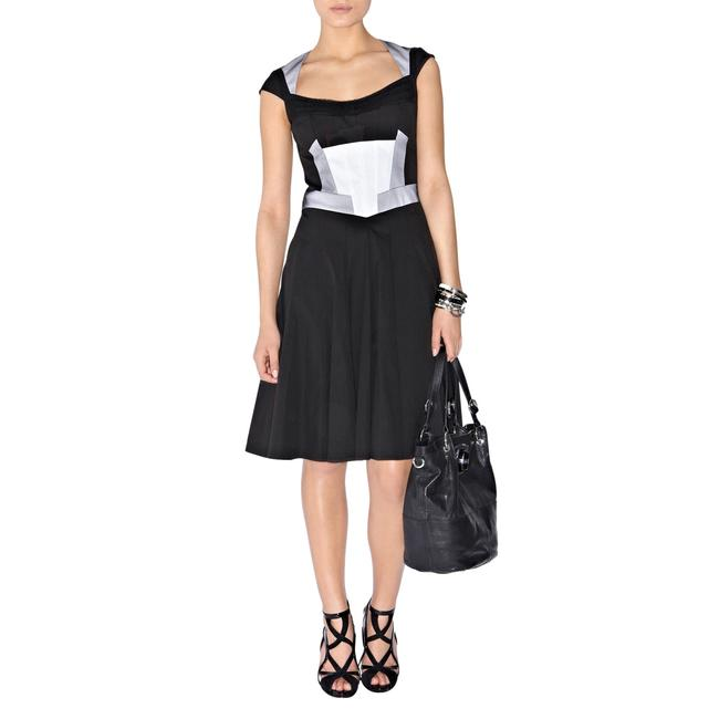 Item - Black White Graphic Panel Fit & Flare Mesh Detail Colorblock Mid-length Work/Office Dress Size 4 (S)