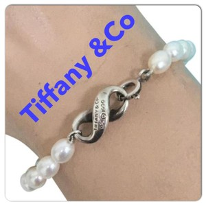 Tiffany & Co. Tiffany & co pearl bracelet