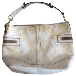 1d8f9321e6ed Beige Coach Hobo Bags - Up to 90% off at Tradesy