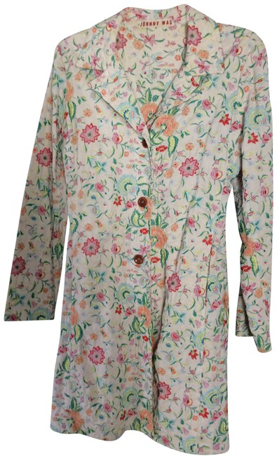 Item - White with Red and Green Embroidered Coat Size 4 (S)