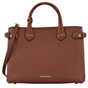 89b57523cc83 Burberry Leather Bags - Up to 70% off at Tradesy
