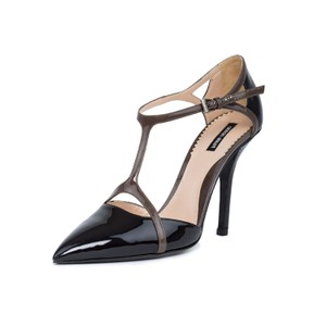 Giorgio Armani Pumps Pointed Toe Pumps Ankle Strap Dress Black & Gray Sandals