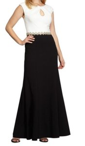 Alex Evenings Keyhole Neckline Pleated Neck Gracefully Scooped Classically Elegant Sophisticated Dress