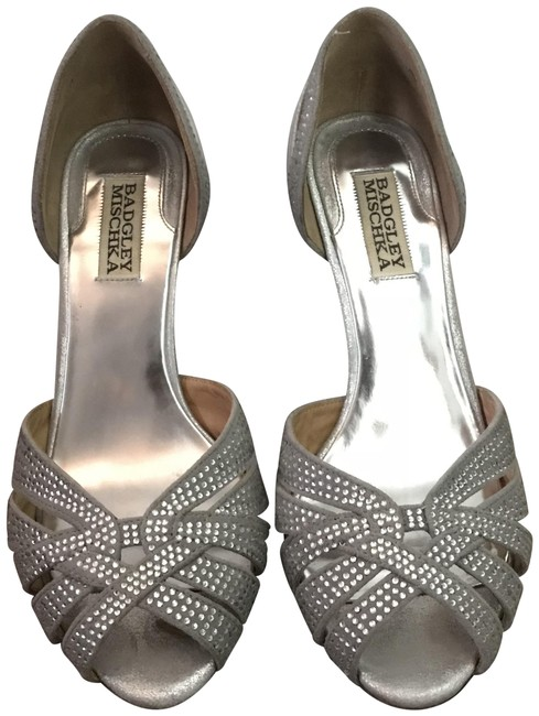 Item - Silver Tatiana Sandals Size US 7.5 Regular (M, B)