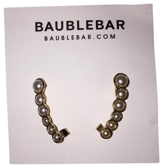 Preload https://item3.tradesy.com/images/baublebar-gold-and-pearls-lunar-ear-crawlers-2303627-0-0.jpg?width=440&height=440