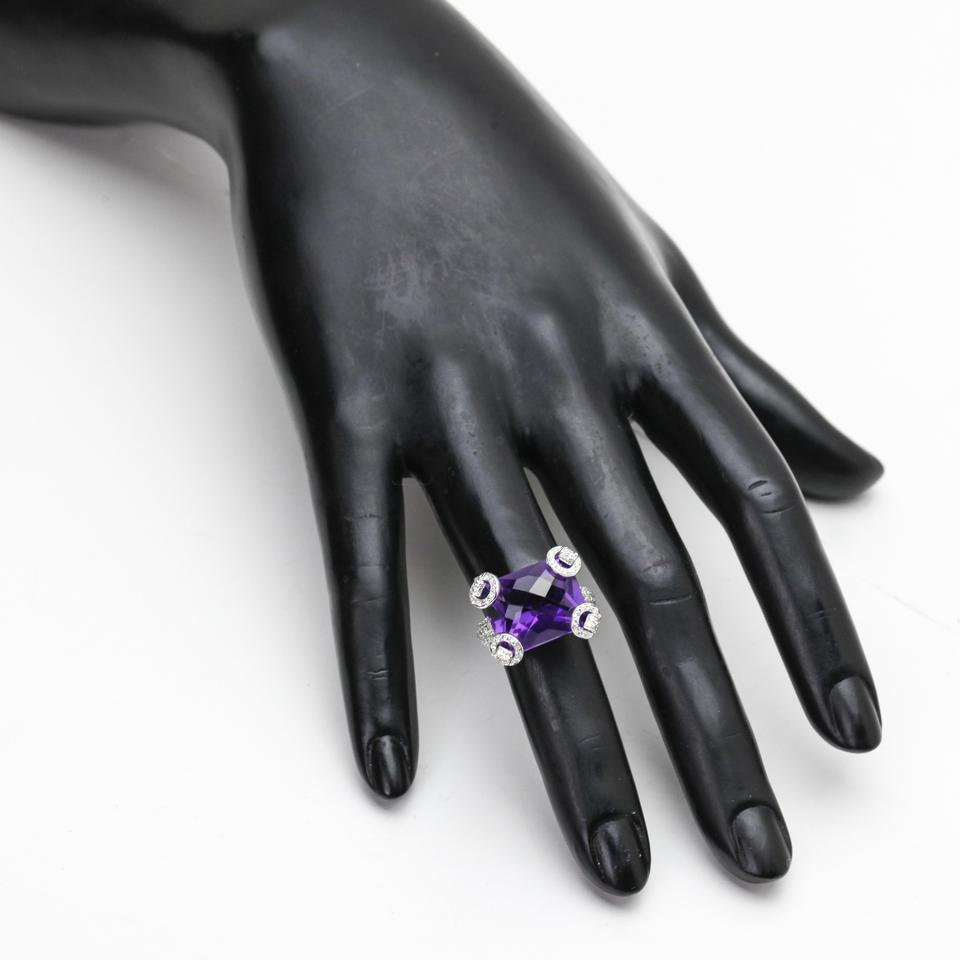 66b59e04c Gucci Gucci Amethyst and Diamond Horsebit Ring in 18k White Gold Image 6.  1234567