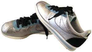 Nike Silver and blue metallic Athletic