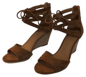 14th & Union Brown suede Sandals