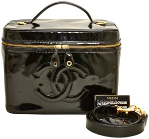 Chanel Vanity Case Cosmetics Patent Leather Satchel in Black