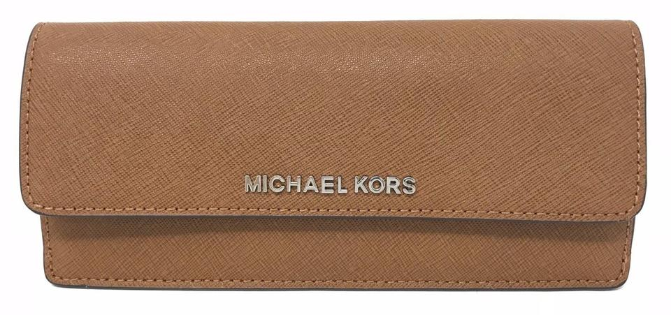 303ec9a6f3e4 Michael Kors Jet Set Travel Flat Wallet Brown Leather Wristlet - Tradesy