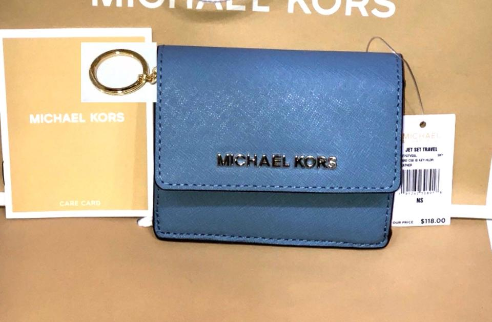 7d410b05994d Michael Kors Jet Set Travel Card Case Id Key Holder Wallet Electric blue  Clutch Image 5. 123456