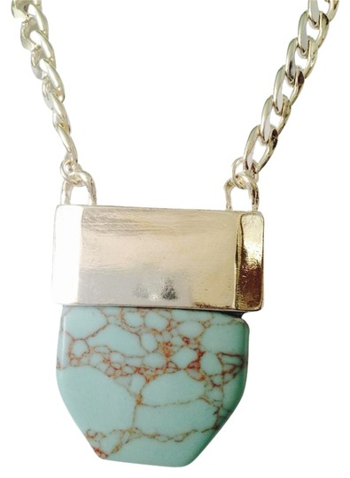 Preload https://item3.tradesy.com/images/bluesilver-nwot-turquoise-stone-on-silver-tone-chain-long-necklace-2303902-0-0.jpg?width=440&height=440