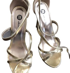 Michael Antonio gold Sandals