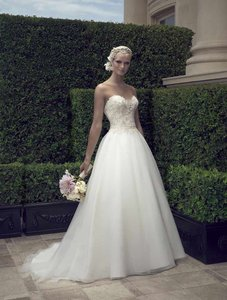 Casablanca Ivory Beaded Tulle & Crepe Organza 2191 Formal Wedding Dress Size 10 (M)