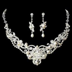 Elegance by Carbonneau Silver Clear Freshwater Pearl Crystal Jewelry Set
