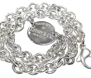 Tiffany & Co. Tiffany & Co. Return to Tiffany Oval Necklace