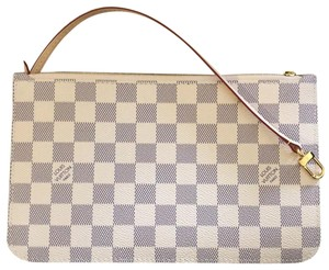 921d6cb5d756 Grey Louis Vuitton Clutches - Up to 90% off at Tradesy