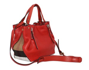 aea5516e6cf7 Red Burberry Shoulder Bags - Up to 90% off at Tradesy