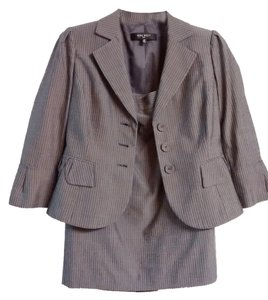 Nine West Nine West skirt suit with 3/4 sleeves