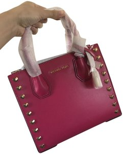 234b8ed0f540 Michael Kors Messenger Mercer Cross Body Satchel in Ultra pink · Michael  Kors. Messenger Mercer Heart Studded Medium Ultra Pink Leather Satchel