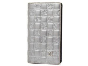 69a9f0775cb4c2 Chanel Bifold Long Caviar Quilted No 5 Silver Clutch
