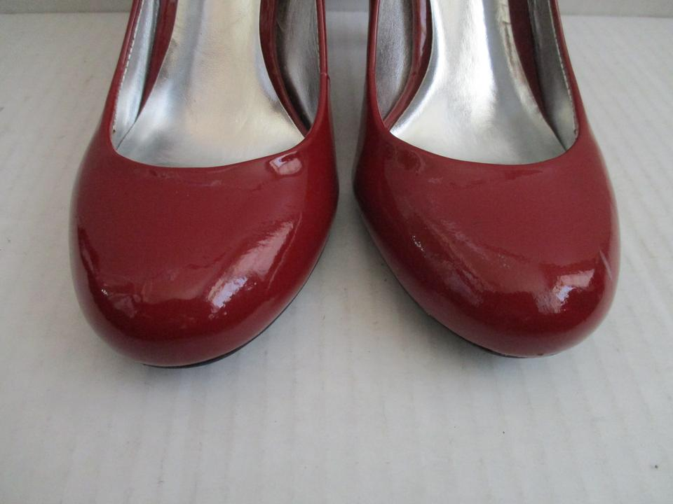 3c60cd2e6ac Jessica Simpson Red Ocsar/Patent Round Toe Pumps Size US 7.5 Regular (M, B)