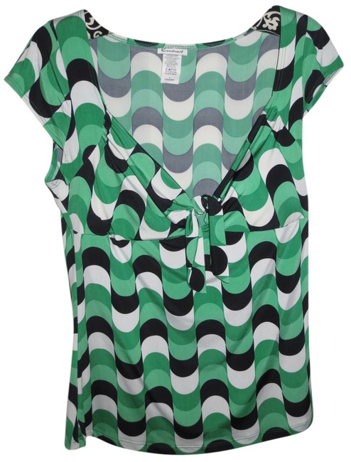 Preload https://item3.tradesy.com/images/green-and-black-night-out-top-size-12-l-2304402-0-0.jpg?width=400&height=650