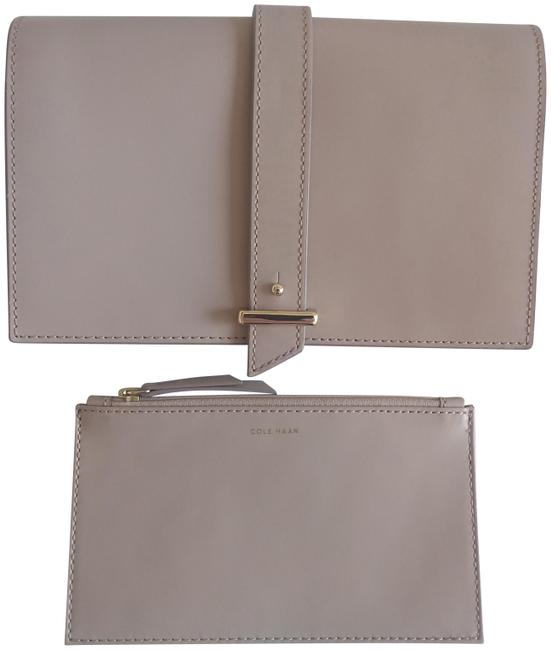 Item - W Vestry W/ Removable Pouch Techsafe Canyon Rose Leather Clutch