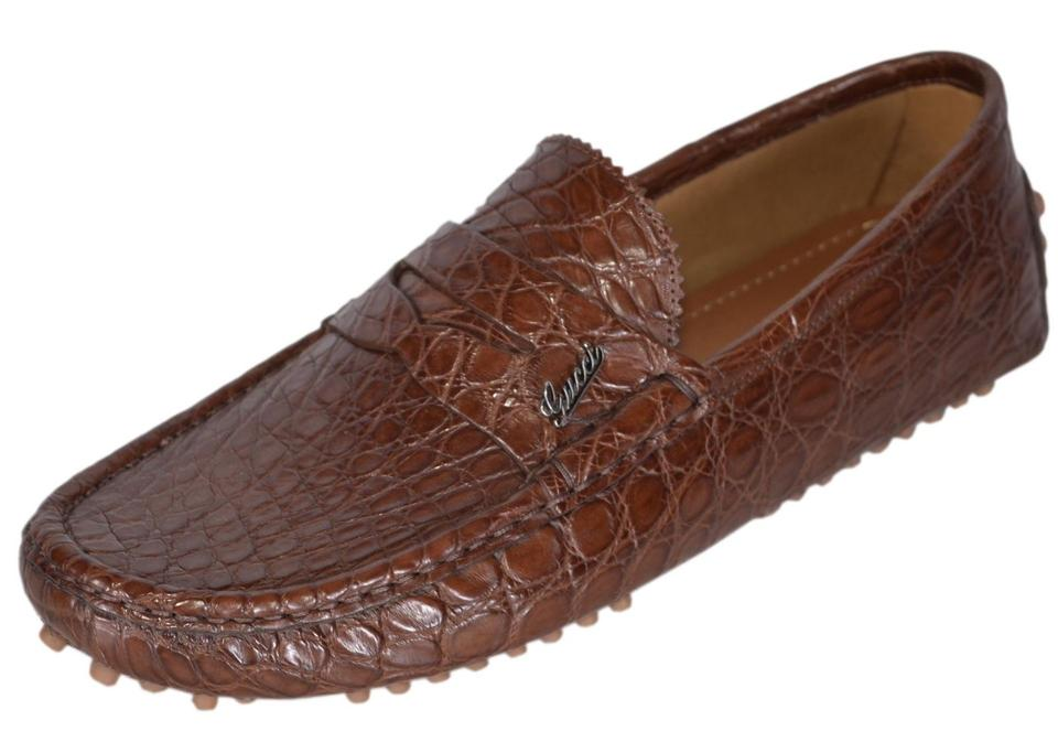 9f3276f57a11 Gucci Brown New Men s 450 Caiman Alligator Plaque Logo Drivers 8g Flats.  Size  US 9 Regular (M ...