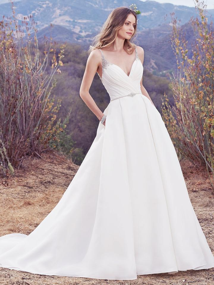 Maggie Sottero Ivory Organza Beaded Rory Formal Wedding Dress Size