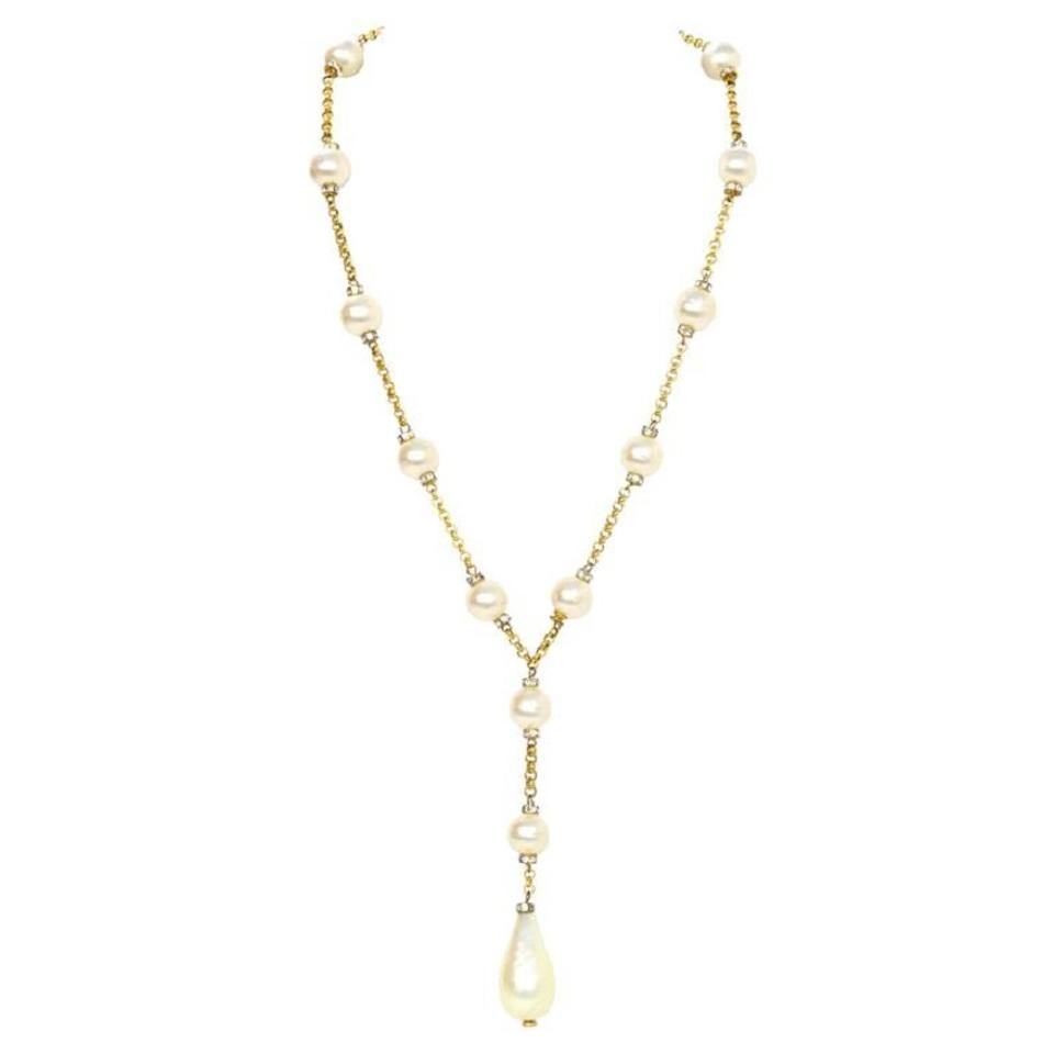 f8924be0d56 Chanel Chanel Vintage  90s Pearl Lariat Necklace Image 0 ...