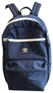 71ab1e9371 adidas Backpacks - Up to 90% off at Tradesy