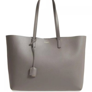 Saint Laurent Tote in gray