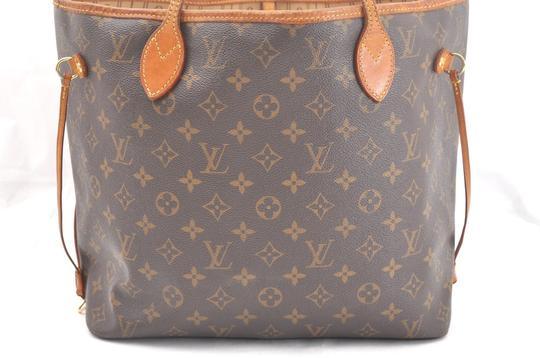 Louis Vuitton Neverfull Mm Monogram Tote in Brown Image 1