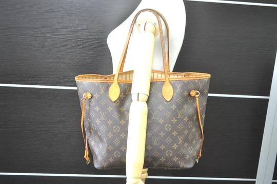 Louis Vuitton Neverfull Mm Monogram Tote in Brown Image 11
