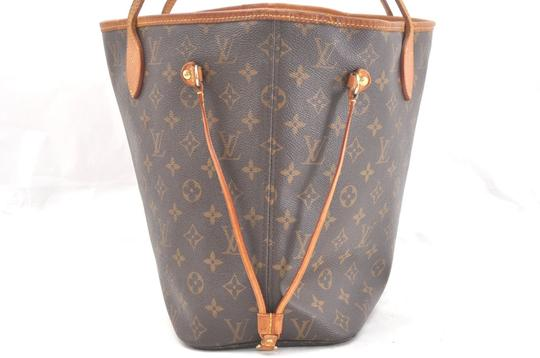 Louis Vuitton Neverfull Mm Monogram Tote in Brown Image 2