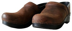 Dansko Oiled brown Mules