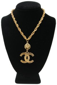 Chanel 18K Gold Plated CC Coin Logo Vintage Chain Pendant Necklace