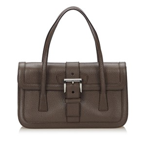 0a8165a1dc Prada Bags on Sale - Up to 70% off at Tradesy