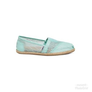 6cf1ce841b5 TOMS Wedding Shoe Collection Lace Mint Flats Mules Slides Size US 8 Wide (C