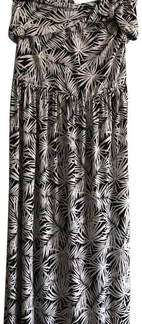 Item - Black and White Long Casual Maxi Dress Size 6 (S)